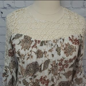 UMGEE floral crocheted collar flare sleeve top